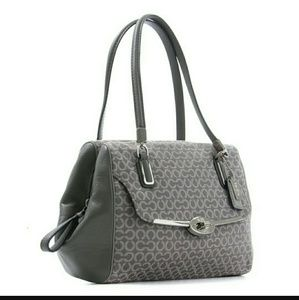 COACH 25215 Madison Satchel E1394-25215 Pre-Owned